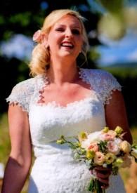 Joyful bride015 (2) (1)
